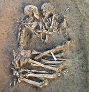 ITALY-ARCHEOLOGY-COUPLE